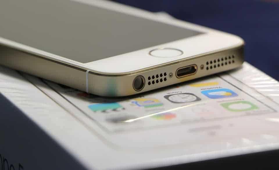 החלפת שקע טעינה באייפון S5: